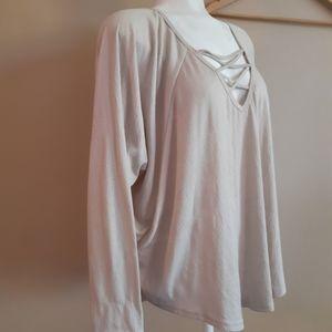 Grace & lace | oversized raglan sleeve crisscross